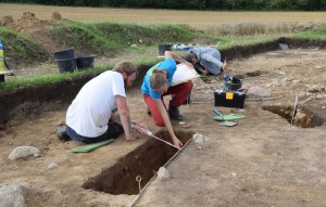 Students at Bornhoeved excavation 2017