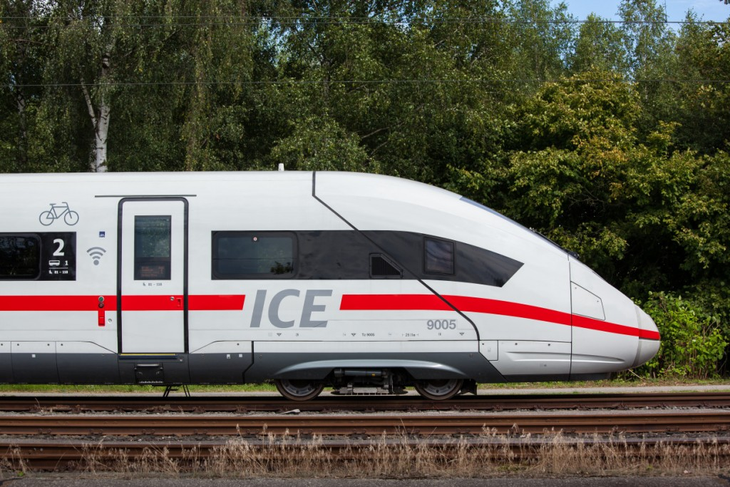 ICE 4  (Baureihe 412)  - Photo: Copyright Deutsche Bahn AG / SIEMENS